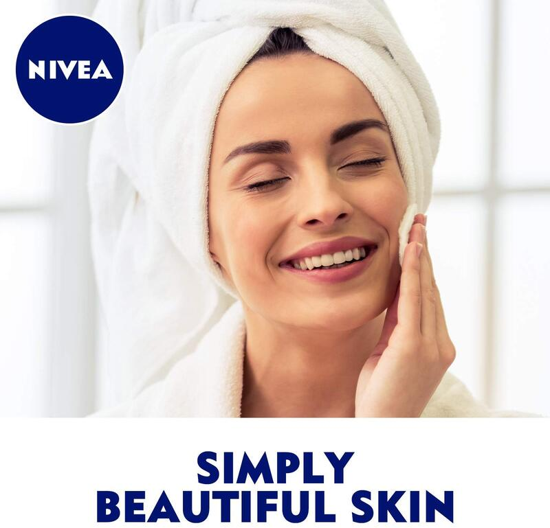 Nivea Double Effect Face Cleanser and Eye Makeup Remover, 125ml, Blue