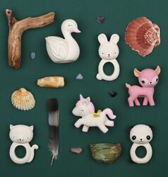 A Little Lovely Company Deer Natural Rubber Teething Toy, Pink