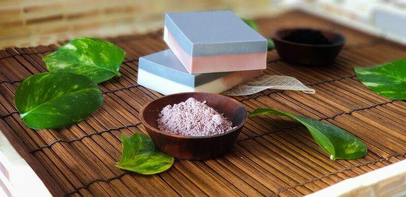 Foqa3aat Charcoal & Kaolin Clay Soap Bar, 110 gm