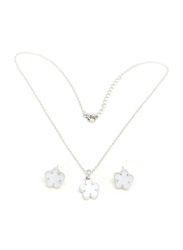 Florence Collection 2-Piece Silver Plated Daisy Flower Necklace and Earrings Jewellery Set for Women, with Emerald Stone, White/Silver