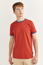 Springfield Short Sleeve Contrast Collar T-Shirt for Men, Large, Red