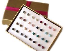 Avon 16-Piece Yvonne Earrings Gift Set for Women, Multicolor