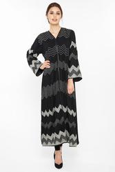 Nukbhaa Zig Zag Embroidered Abaya with Hijab, Black, Medium