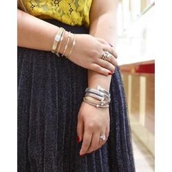 Liali Jewellery Tessitore 18K White Gold Bangle for Women with 9 Diamond, Silver